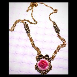 Vintage Avon flower necklace
